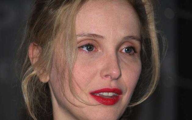 Julie Delpy rouge à lèvres