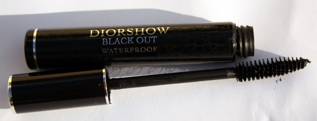You may want to see this photo of mascara diorshow blackout
