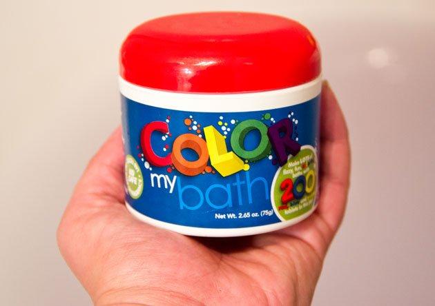 ces petites pastilles colores se plongent dans le bain pour en faire une eau de la couleur souhaite 3 couleurs primaires de base bleu jaune et rouge - Colorant Bain