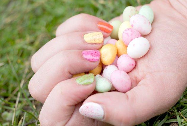 Manucure Pâques Easter Nail Art