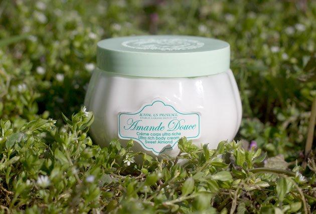 Jeanne en Provence crème corps Amande Douce