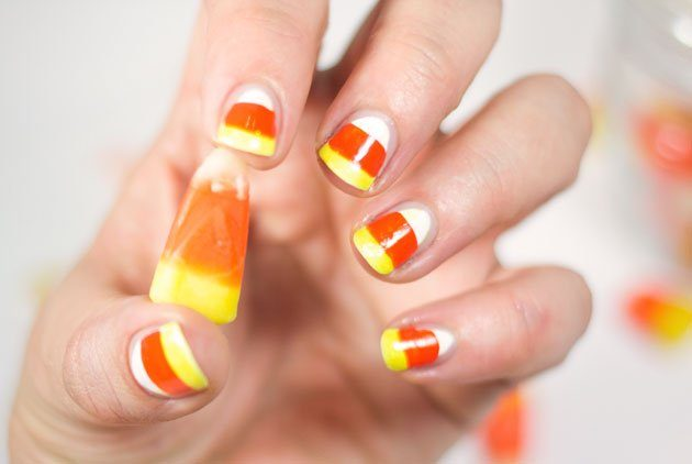 candy-corn-manicure